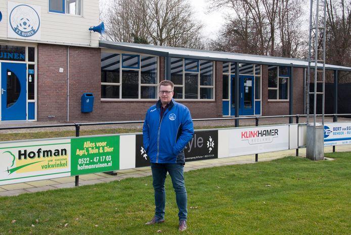 Bart Ester werkt komend seizoen op het sfeervolle sportpark De Baete van Ruinen.