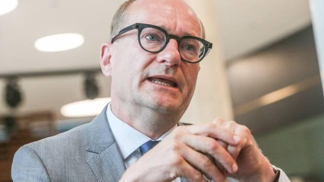 Laptops, internetvergoeding, extra fietsvergoeding: Weyts investeert 188 miljoen euro extra per jaar om leerkrachtenberoep aantrekkelijker te maken