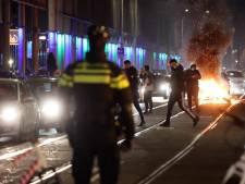 Rutte bezoekt door rellen getroffen Schilderswijk
