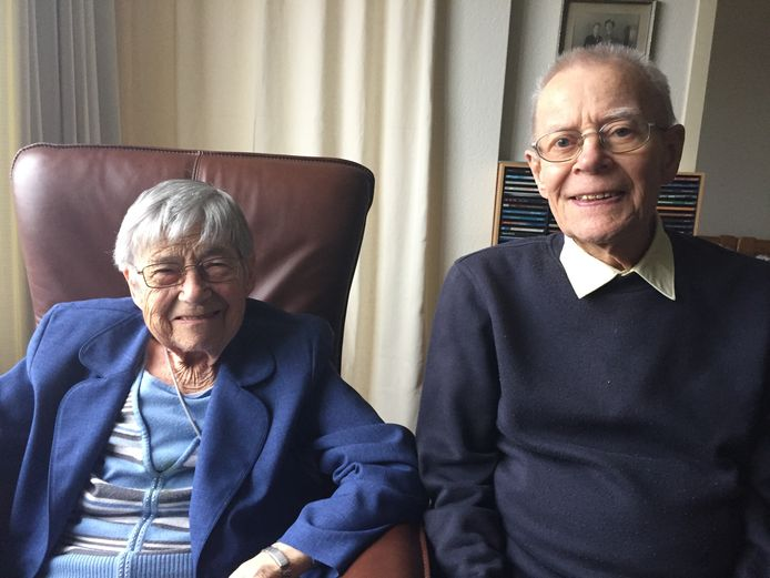 Bart en Leny Vonk- van Hoof uit Uden, zeventig jaar getrouwd.