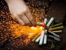 Levensgevaarlijke brand door vuurwerkgooier in Soesterberg: politie zoekt aanknopingspunten