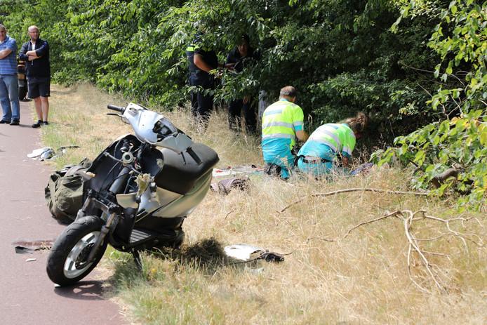 Bij het ongeluk raakte beide betrokkenen gewond.