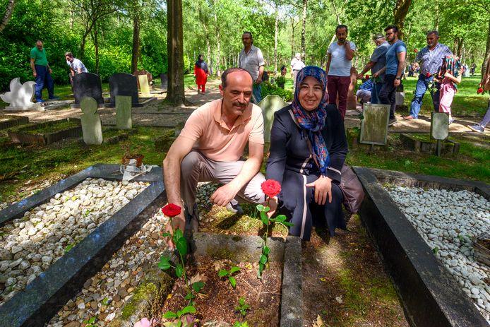 Een islamitische begraafplaats in Bergen op Zoom. In Den Haag is er nog geen een.