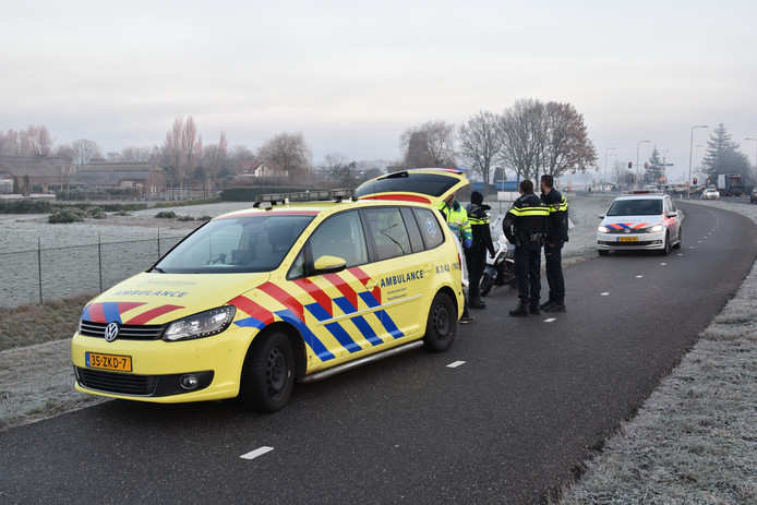 Ambulance en politie ter plaatse.