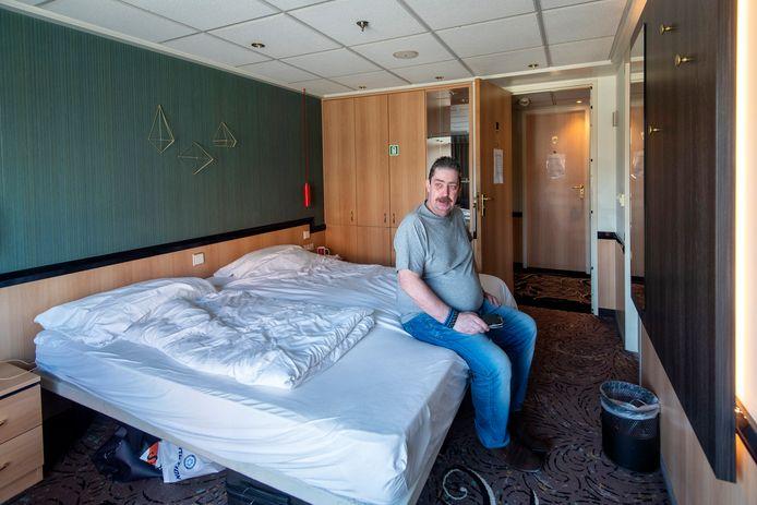 Pieter Stavast heeft geen huis, maar wel een fijn onderkomen op een tijdelijk cruiseschip voor daklozen.