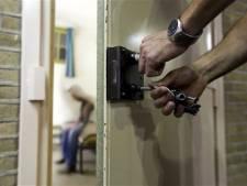 OM blijft bij eis: tbs met dwang voor psychiatrische patiënt (27) voor steekpartij met schaar in Ermelo