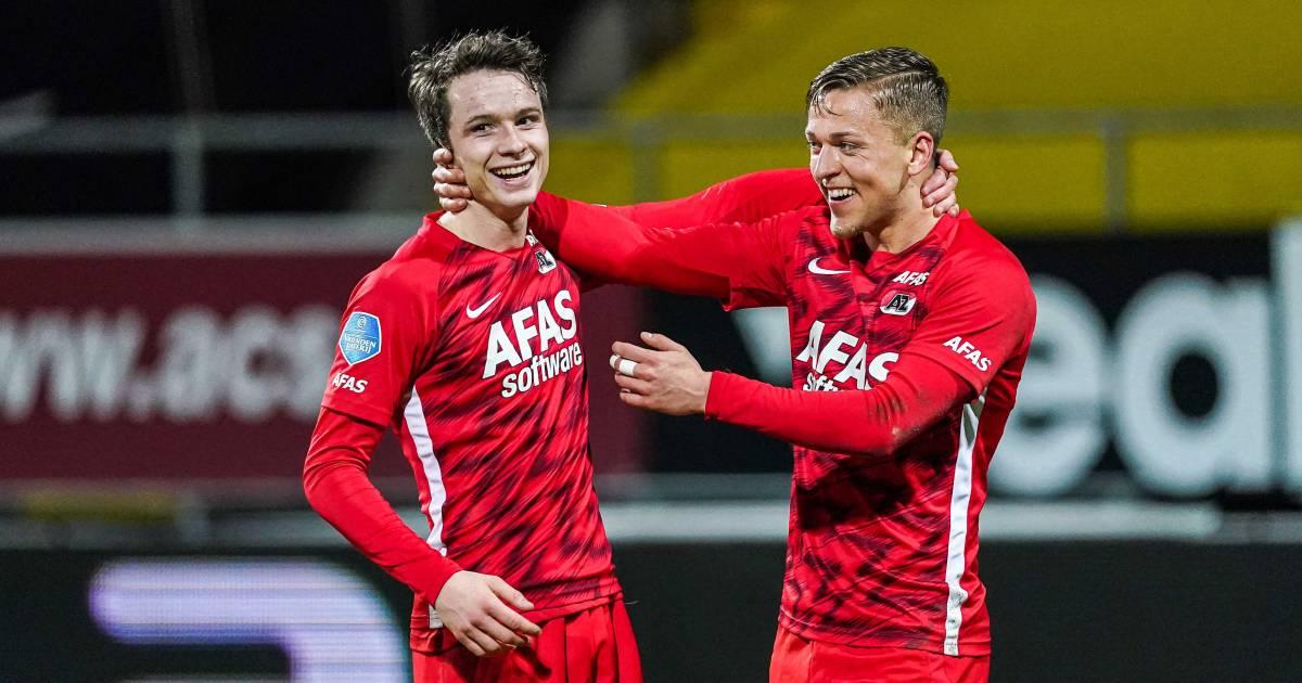 LIVE | Duel kantelt in voordeel AZ: goals Evjen en Boadu, rood voor Kum - AD.nl