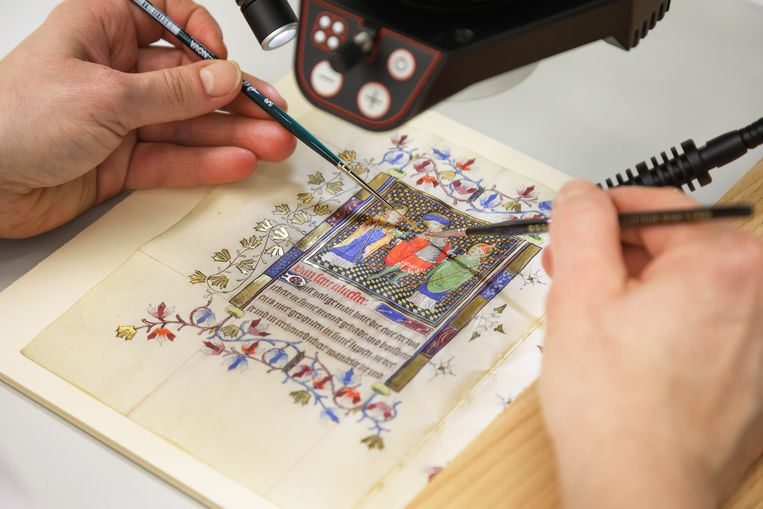 Conserveringswerk aan het getijdenboek van Maria van Gelre vindt plaats in Berlijn Beeld Staatsbibliothek zu Berlin