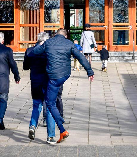 SGP-raadslid na kerkrel: 'Sensatiezoekende' journalist moet 'wegblijven'