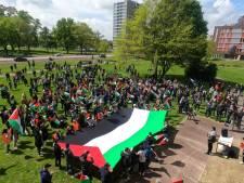 Enkele honderden mensen bij Free Palestina-demonstratie in Enschede