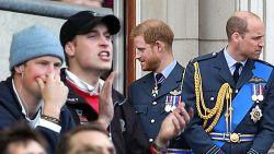 Eens onafscheidelijk, nu complete breuk: wat liep er mis tussen Harry en William?