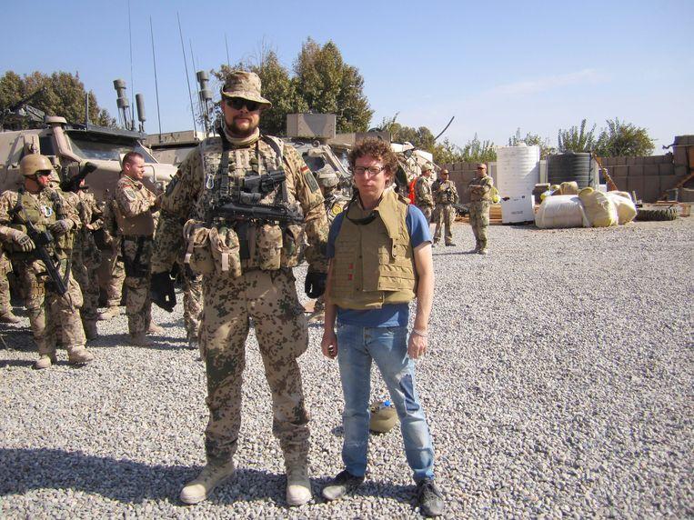 'Ik ben geen oorlogscorrespondent, ik kom altijd wat later. Net dan is er heel veel te zien.' Beeld ARCHIEF ARNON GRUNBERG