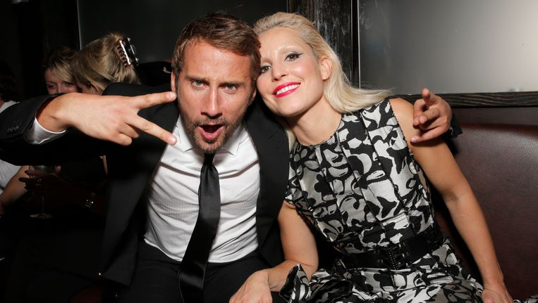 Matthias Schoenaerts samen met Naomi Rapace, met wie hij samen in 'The Drop' speelde. Die film werd geregisseerd door Michael R. Roskam. Beeld Invision for Fox Searchlight