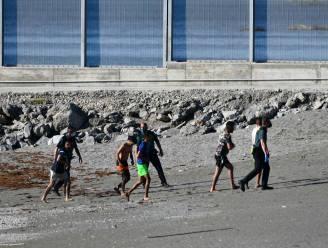 Tachtig migranten bereiken Spanje al zwemmend