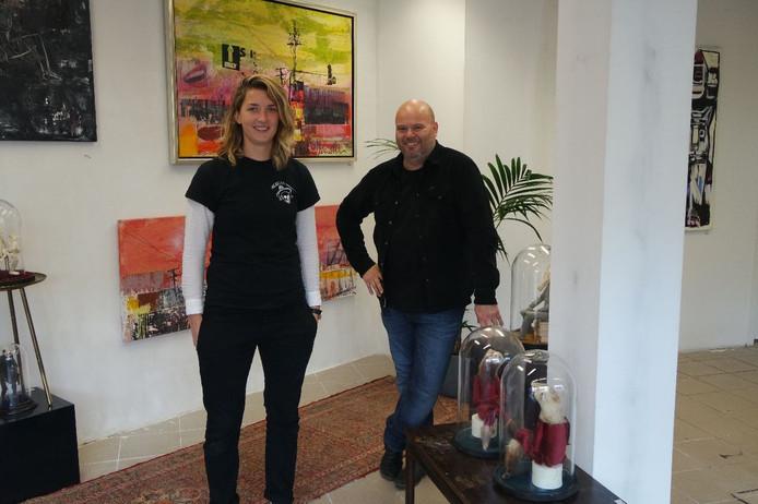 Jelske Jak en Michel ter Horst in hun Contemporary Arthouse.