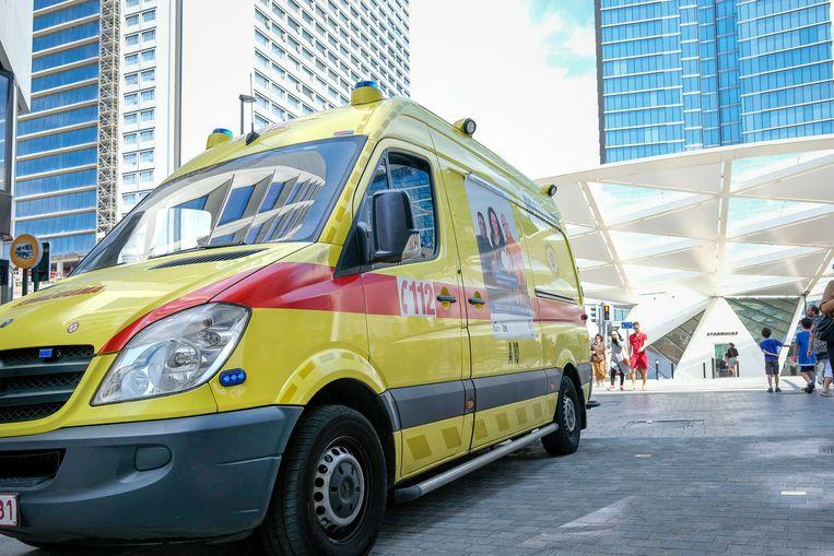 ziekenwagen, ambulance, brandweer