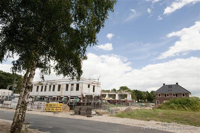 Er zouden wellicht meer woningen moeten worden gebouwd omdat de vraag er naar harder groeit dan nu nog wordt verwacht.