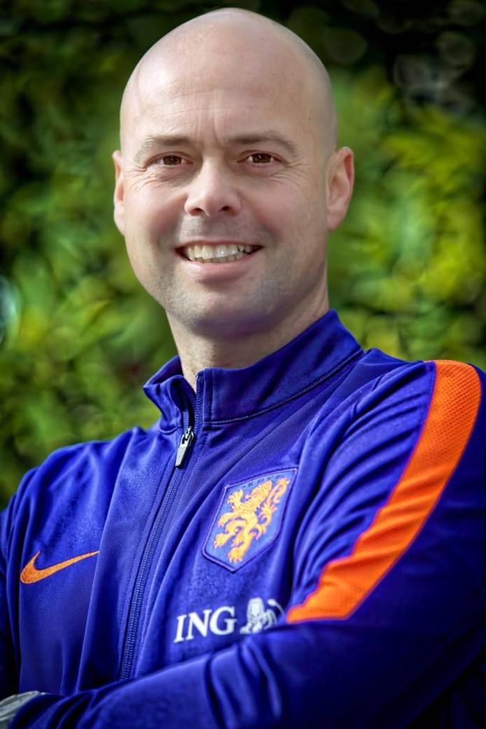 Erskine Schoenmakers wordt keeperscoach van de OranjeLeeuwinnen
