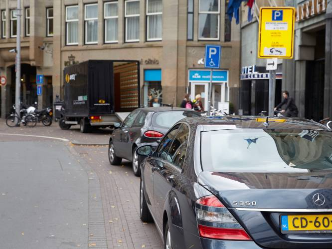 Deze wanbetalende diplomaten hebben de meeste parkeerboetes openstaan