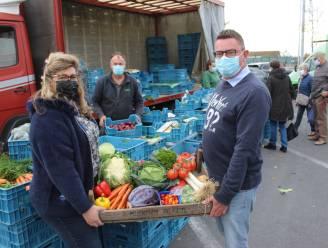 Boerenmarkt verhuist twee weken naar parking rond gemeentehuis