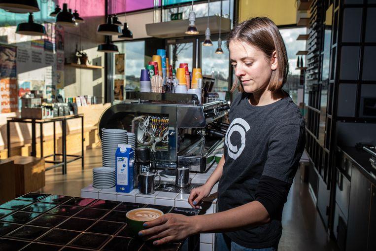 Coffeecompany Oosterdok, op de Oosterdokskade. Beeld Nosh Neneh