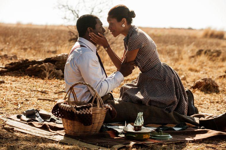 Idris Elba als Nelson Mandela in 'Mandela: Long Walk To Freedom'. Beeld AP