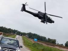 Apache-heli maakt noodlanding nabij Almkerk