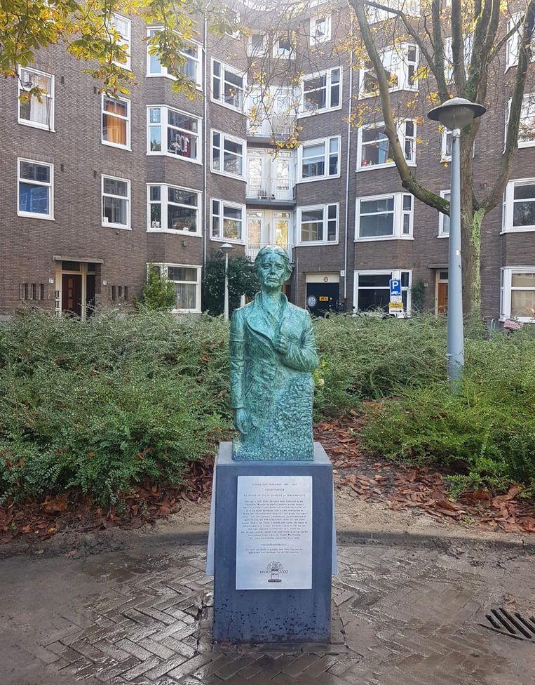 Standbeeld  Jacoba van Tongeren (1903-1967) door beeldhouwer Fabio Pravisani.  Beeld