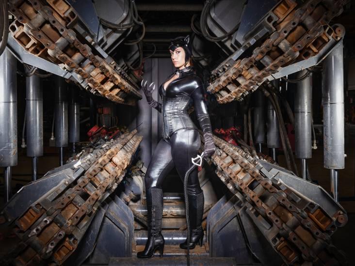 Jessica (25) uit Woerden heeft een tweede leven als Catwoman: 'het geeft me vertrouwen'