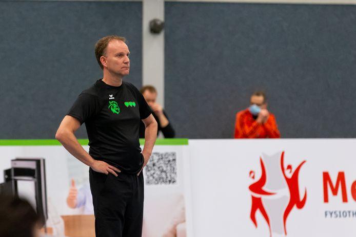 Coach Hans Seubring van SSS.