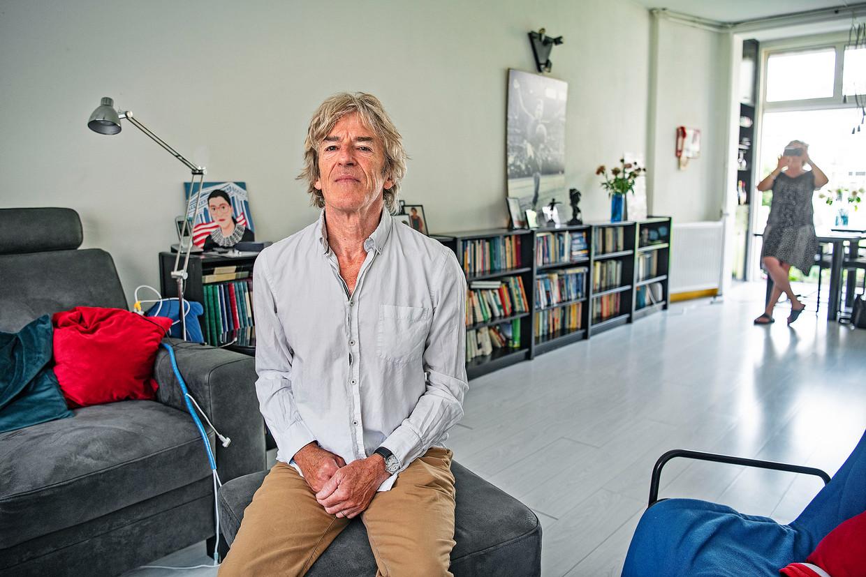 Peter Sertons wacht al sinds november op een heupoperatie. Beeld Guus Dubbelman / de Volkskrant