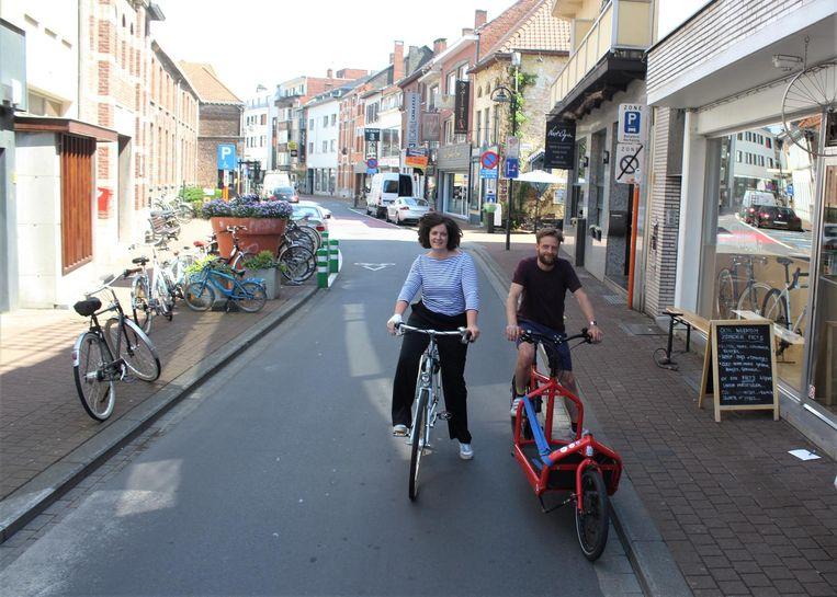 Karolien en Lucas van de Fietsbar zien de verkeersvrije straten al helemaal zitten.