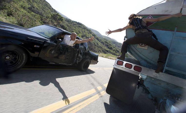 Vin Diesel en Michelle Rodriguez in Fast & Furious van Justin Lin. Beeld