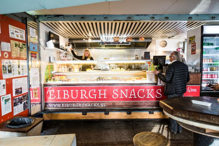 Eiburgh snacks serveert volgens lezers bijzonder goede patat. Beeld Tammy van Nerum