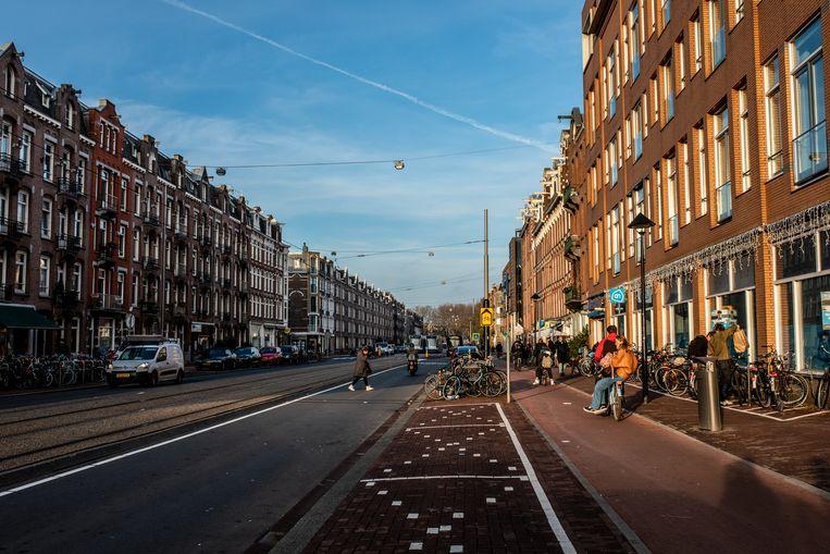 De Frederik Hendrikstraat zonder bomen (hier komt binnenkort verandering in).  Beeld Nosh Neneh