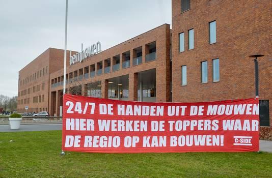 Een steunbetuiging aan personeel van ziekenhuis Bernhoven.