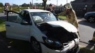Vrouw gewond bij frontale aanrijding aan Spoorwegstraat