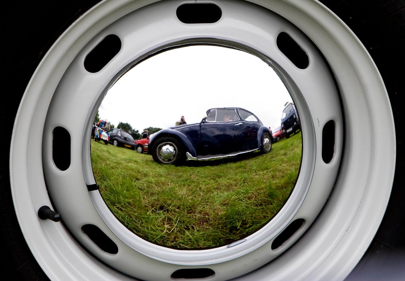 Vooral Friezen, Drenten en Limburgers hebben een voorkeur voor auto's van dertig jaar of ouder.