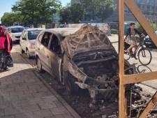 Wagen volledig uitgebrand aan Rabot na technisch defect, nabijgelegen huis ontruimd