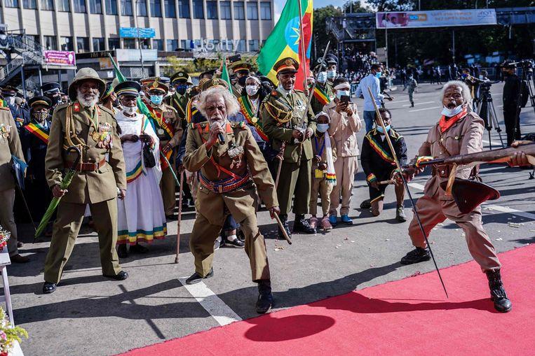 Ethiopische oorlogsveteranen herdachten op 5 mei jongstleden in hoofdstad Addis Abbeba het einde van de Italiaanse bezetting, precies 80 jaar geleden.  Beeld AFP