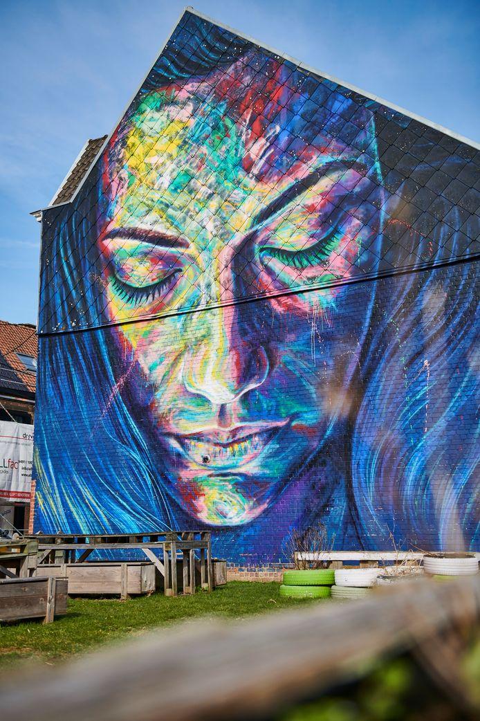 Stad Roeselare - Slapende vrouw door David Walker