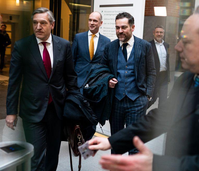 De fractievoorzitters  Buma (CDA),  Segers (ChristenUnie) en Dijkhoff (VVD) na coalitieoverleg. Beeld Freek van den Bergh