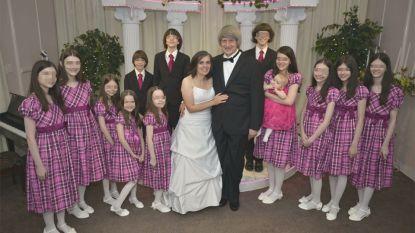 """Amerikaans echtpaar opgepakt wegens mishandeling en verwaarlozing van hun 13 kinderen: """"Zwaar ondervoed en met hangsloten aan hun bedden geketend"""""""