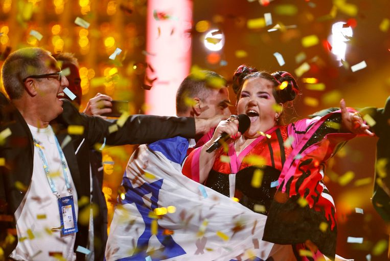 FILE PHOTO: Israel's Netta performs after winning the Grand Final of Eurovision Song Contest 2018 at the Altice Arena hall in Lisbon, Portugal, May 12, 2018. REUTERS/Pedro Nunes/File Photo Beeld REUTERS
