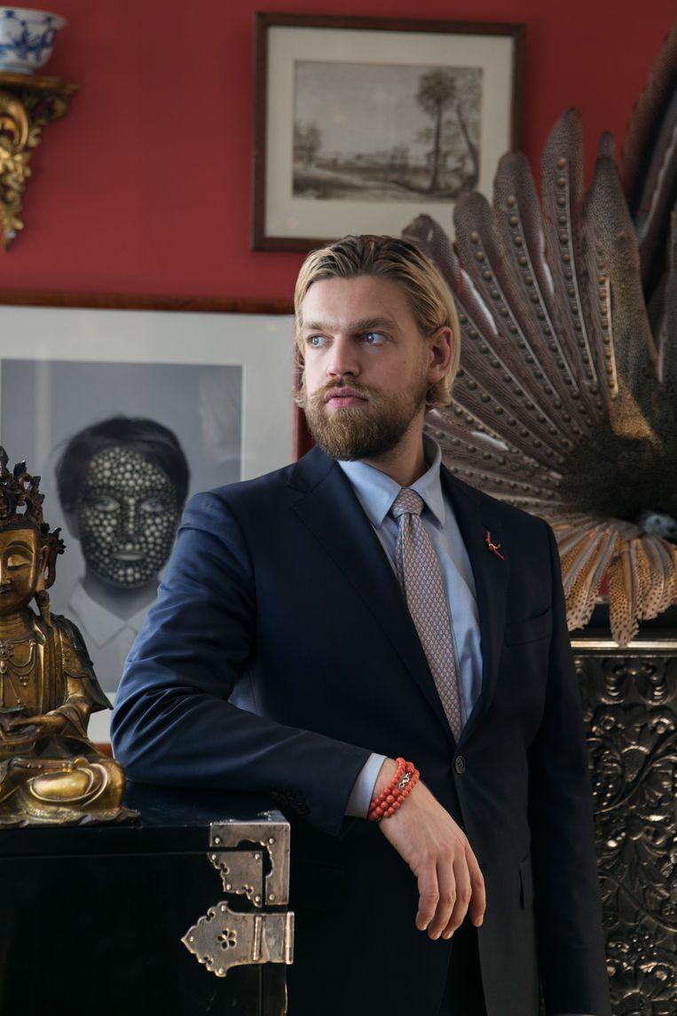 Dick Zebregs, the youngest antiques dealer in the Netherlands Beeld Diederick Bulstra