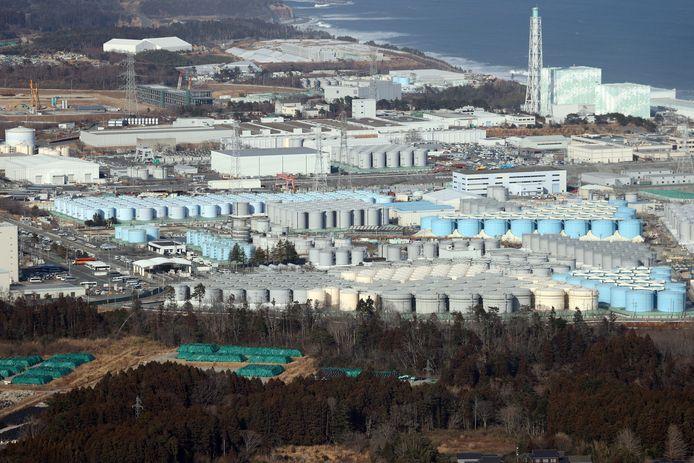 Opslagtanks met radioactief water aan de kerncentrale van Fukushima.