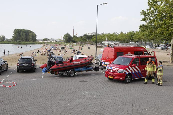 Een jongen van 11 was korte tijd vermist toen hij aan het zwemmen was met zijn oma in de Binnenschelde in Bergen op Zoom.