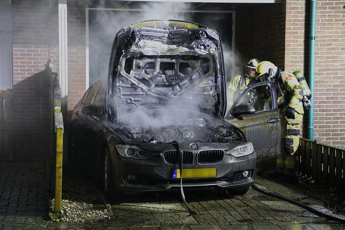 Autobrand Teugenaarsstraat Oss