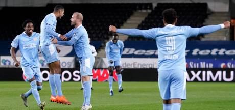 PSV naar groepsfase Europa League: Zahavi meteen goud waard