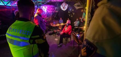 'Illegaal feestje' in Kampen blijkt opname voor videoclip: organisatie zit met enorme strop na politie-inval